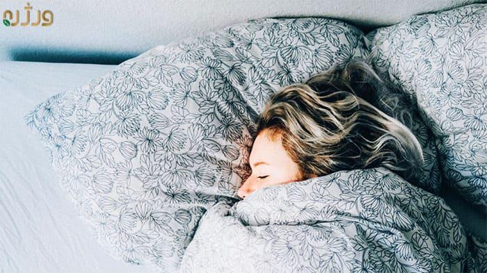 خوابیدن و تأثیر آن بر سردردهای میگرنی
